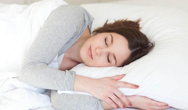Mách bạn cách dùng Saffron trị mất ngủ đơn giản, hiệu quả