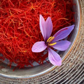 11 Công Dụng THẦN KỲ Của Saffron - Nhụy Hoa Nghệ Tây Đối Với Sức Khỏe
