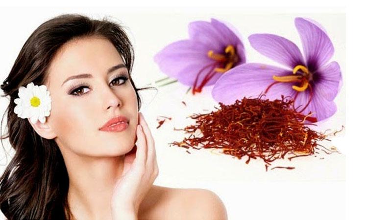 Cách dùng Saffron trị mụn nội tiết hiệu quả nhấtCách dùng Saffron trị mụn nội tiết hiệu quả nhất